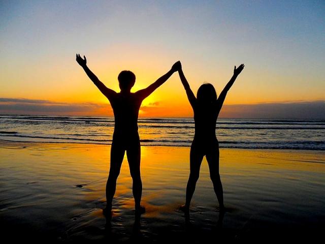 sunset 2 naked people EDIT